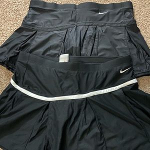 Nike skirt small (4-6)